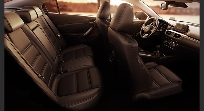 Mazda 6 interior, alquiler de coches con conductor Coexpress